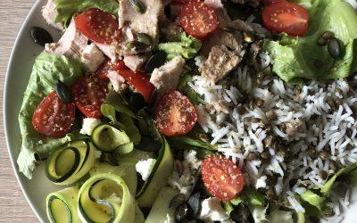 Salade courgettes, thon et germe de blé